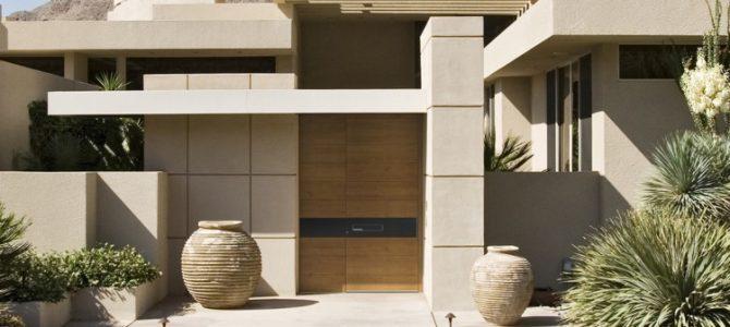Lesena vhodna vrata bodo prepričala tudi vas